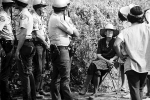 Catholic Worker co-founder Dorothy Day gets arrested for supporting grape workers in California.
