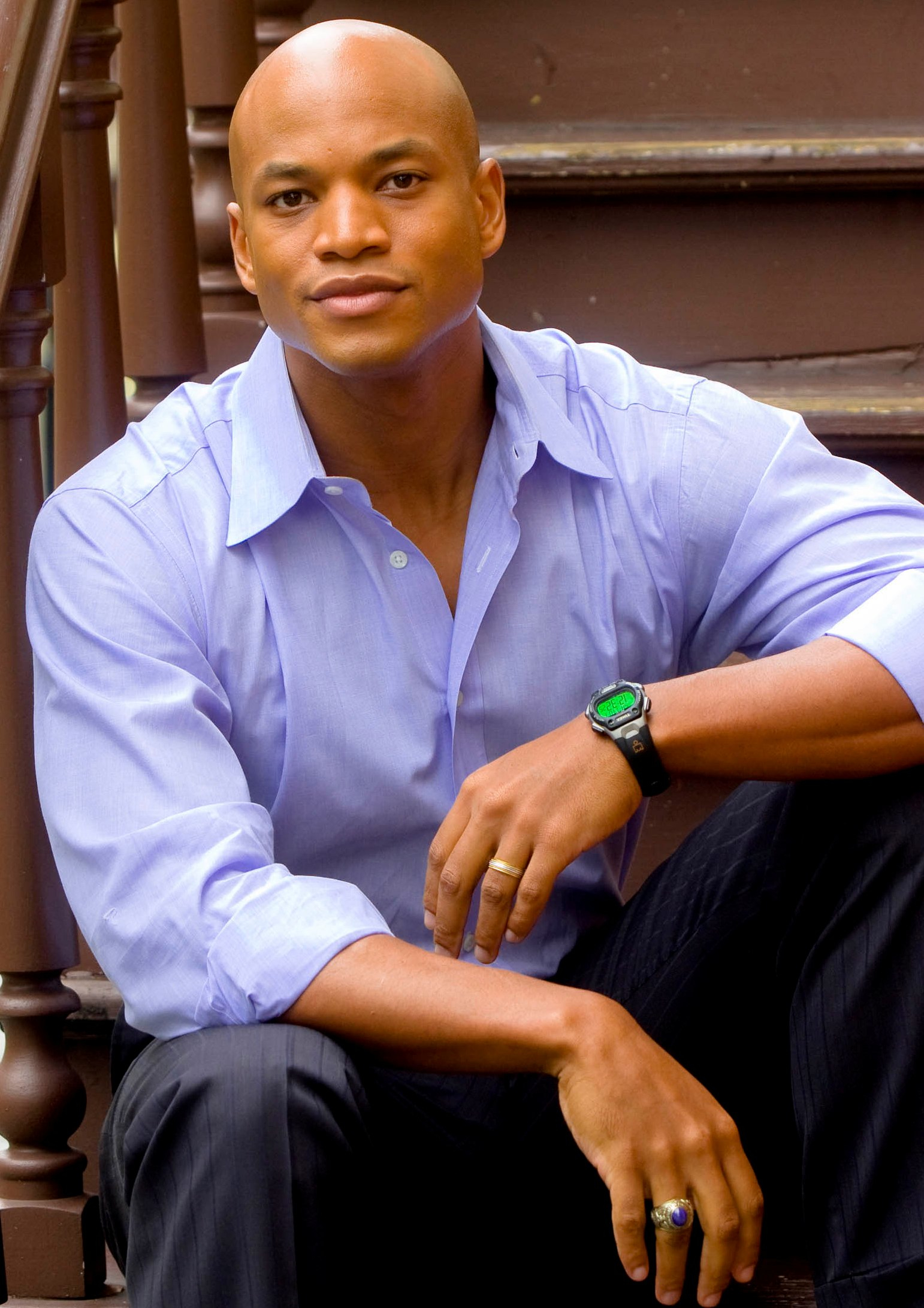 the wes moore The other wes moore is the story of two african american males, both with the same name, both from the same city of baltimore, both from the same generation yet, their lives take on two very.