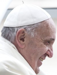 pope_1crop_web